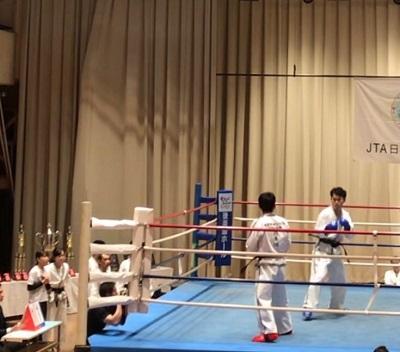 後楽園ホールのリングで対戦しました
